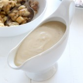 Easy make ahead dripless apple cider gravy recipe from @bakedbyrachel