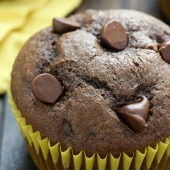 Easy homemade moist double chocolate banana muffin recipe from @bakedbyrachel