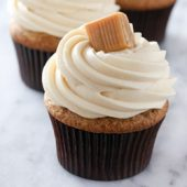 Moist apple butter cupcakes with caramel cream cheese frosting recipe from @bakedbyrachel