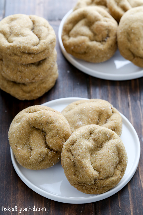 Soft and fluffy non-cakey pumpkin molasses cookie recipe from @bakedbyrachel