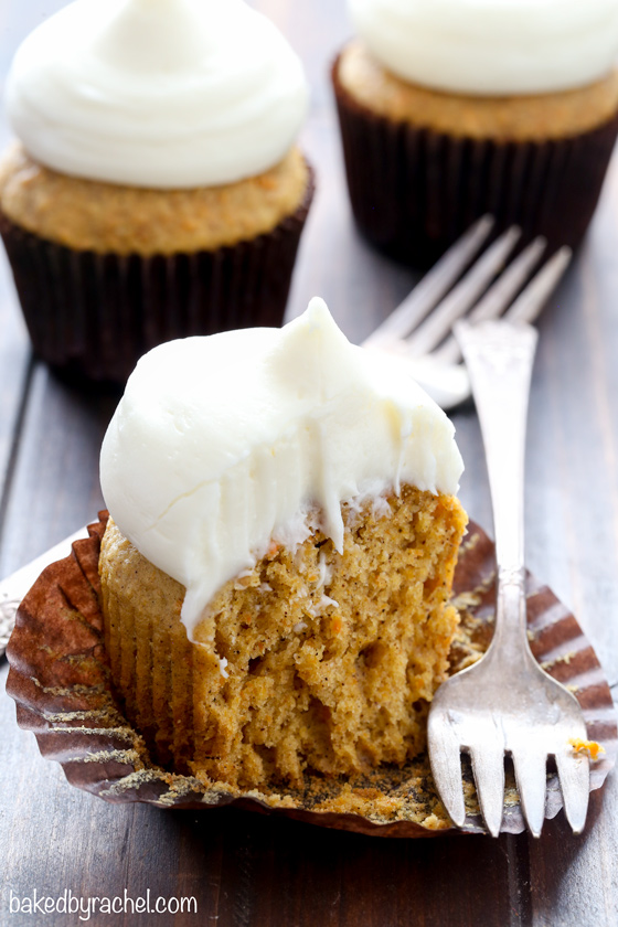 Moist homemade carrot cake cupcakes with cream cheese frosting recipe from @bakedbyrachel